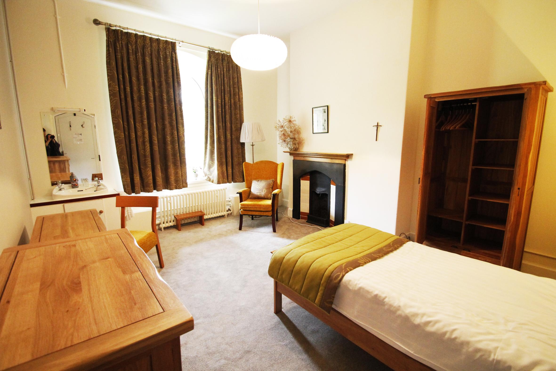 St Beuno's bedroom refurbishment