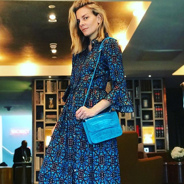 Gorgeous Silje modelling the Sicily bag with her own  @valleandvik silk dress 💙💙💙 #ComeSayHi 👋 👀New Alissya website coming soon