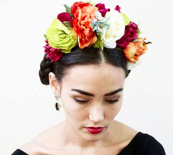Esimerkkikuva kukkakruunusta, via  Stephanie Hromiko