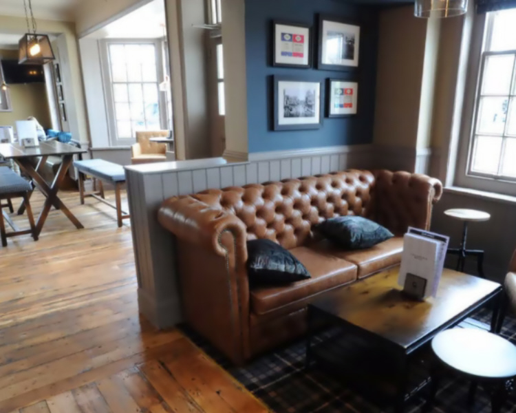 The Three Tuns in Reading