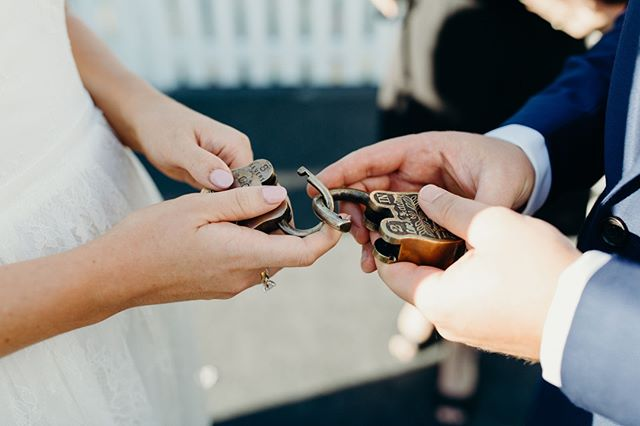 Simon + Mel // Wedding // Nelson Bay⠀ .⠀ .⠀ .⠀ .⠀ .⠀ .⠀ #sydneyweddingphotographer #sydneyweddingphotography #realweddingmoments #realweddings #journalisticweddingphotography #documentarystyleweddingphotography #documentarystyleweddingphotographer #naturalweddingphotography #naturalweddingphotographer #weddingmoments #folkandfollow