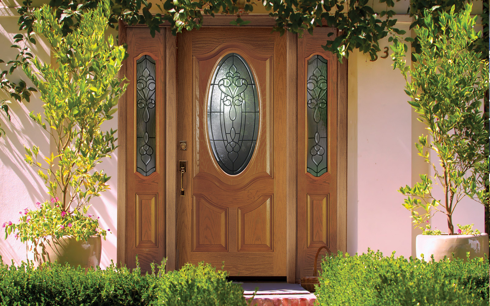 gallery--1600x1000--door-oval-glass.jpg