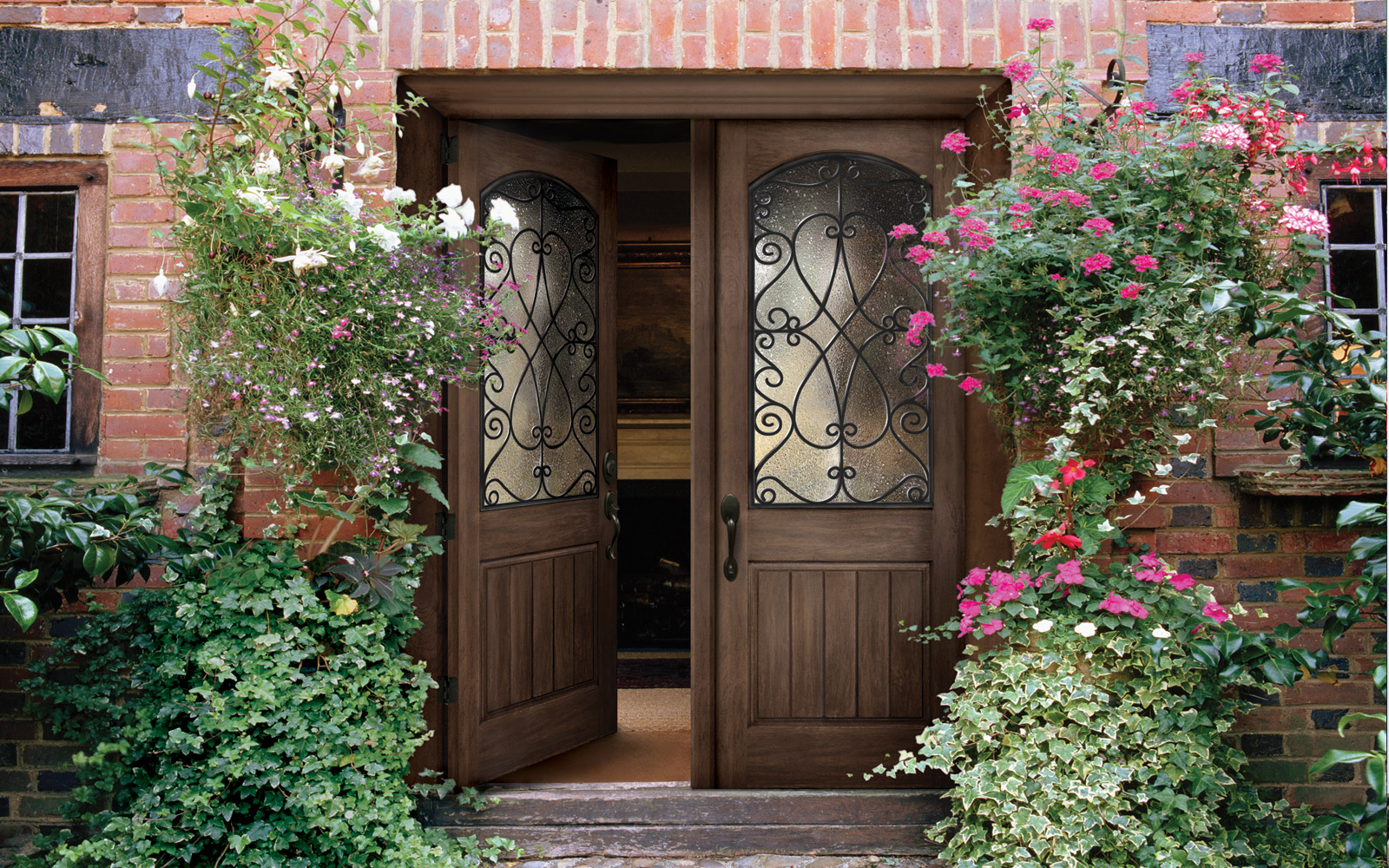gallery--1600x1000--wooden-door-arch.jpg