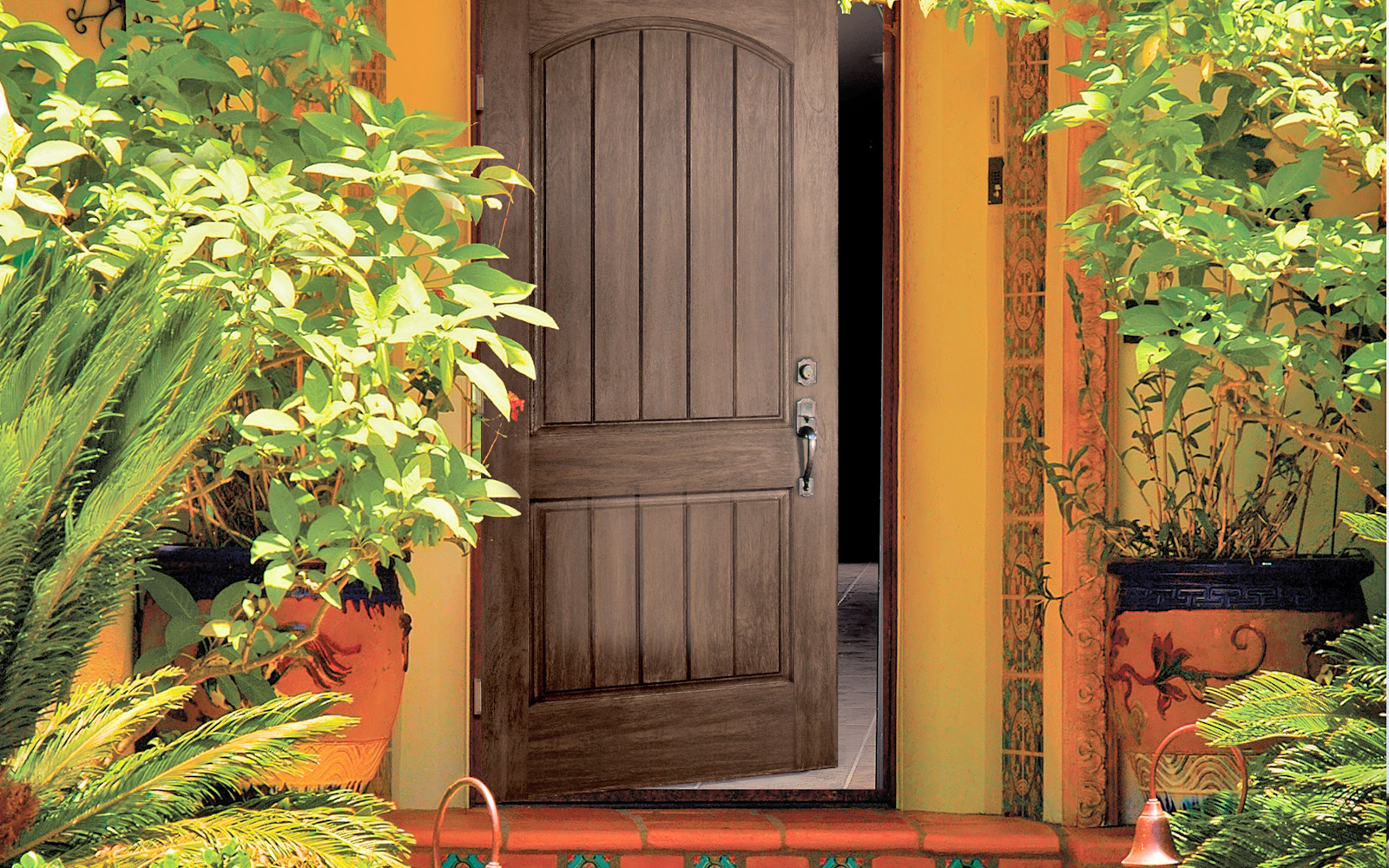 gallery--1600x1000--wooden-door-open.jpg