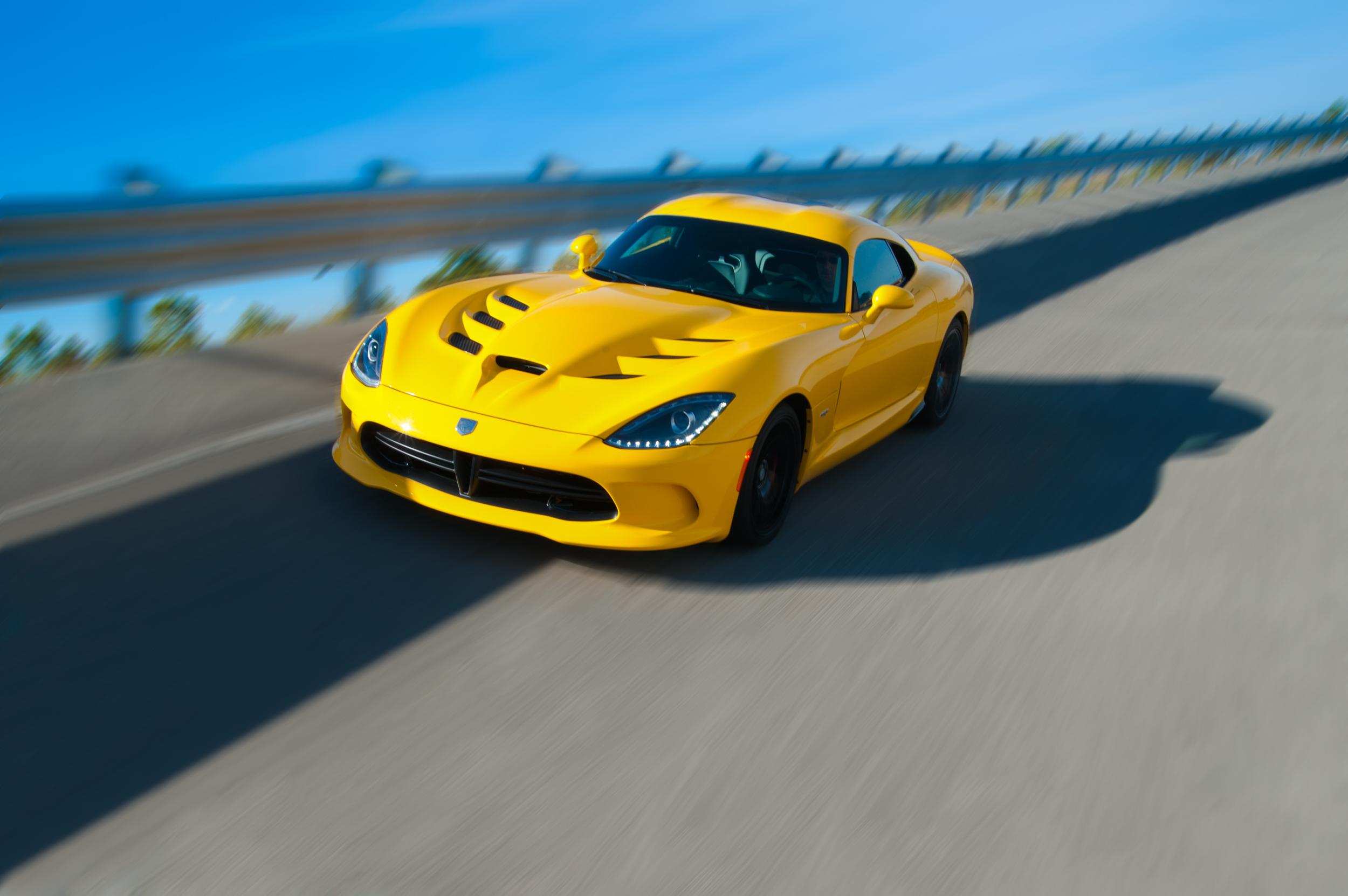 2013 SRT Viper-910-Edit.jpg