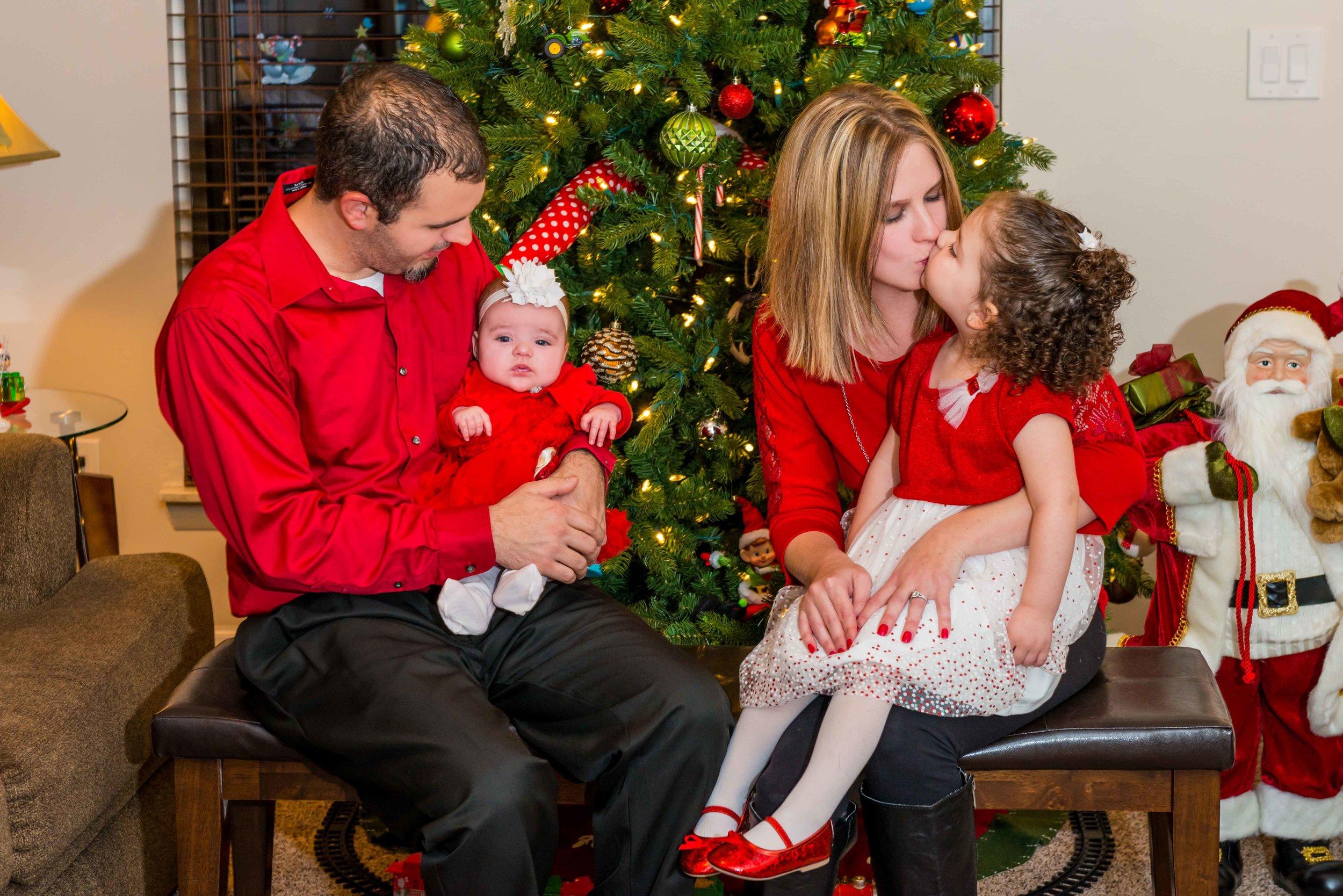 Nicole Lollie & Family-46-Edit.jpg