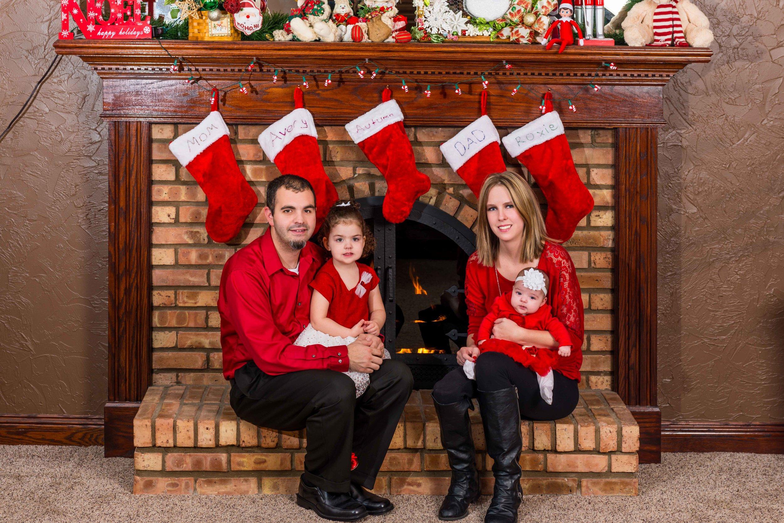 Nicole Lollie & Family-21-Edit.jpg