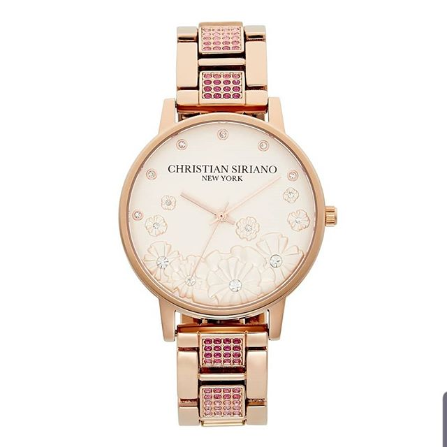 Our premier collection of Christian Siriano (@csiriano )watches are now available at @macys and on Amazon! Check out our Amazon page (link in bio) or Macys.com to look through the extensive and elegant collection of fine crafted time pieces! . #watches #newproductalert #womenwatch #womenfashion #rosegoldjewelry #womenjewlery #hotwatch #amazon #christiansiriano #macys #watchesforher #fashionista