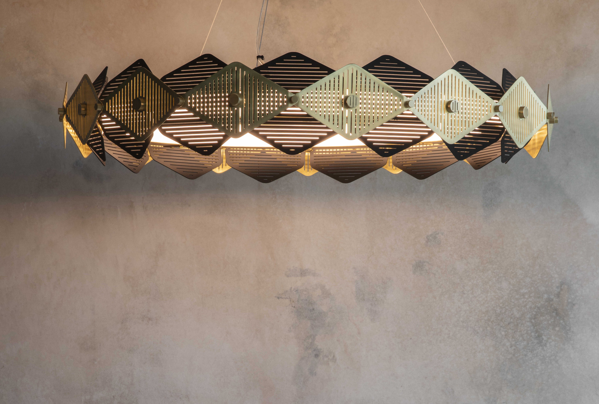 PENDANT LIGHTS - BEAUTIFULLY BALANCED HANGING DESIGNS TO COMPLEMENT YOUR SPACE