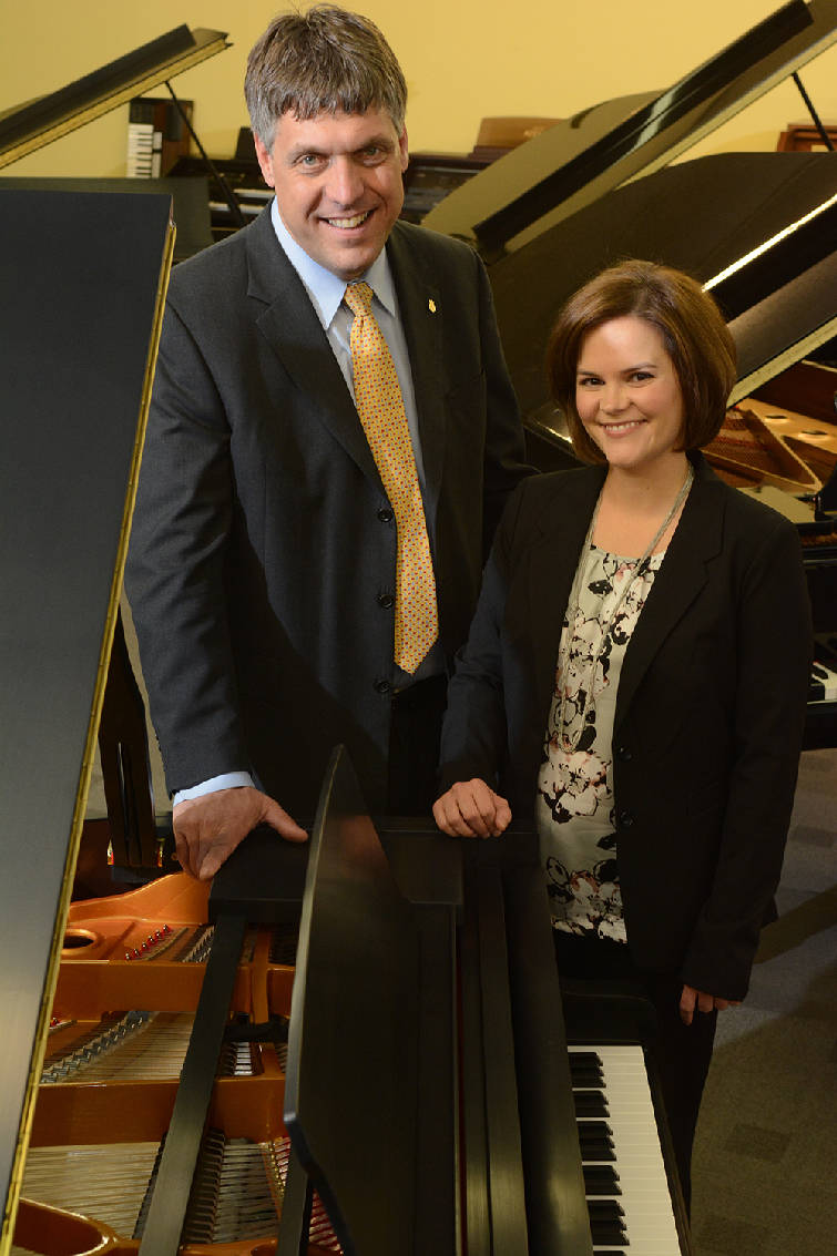 Owners Ted Summitt, Jr.and Julie Summitt.  Photo:John Rawlston/Times Free Press.