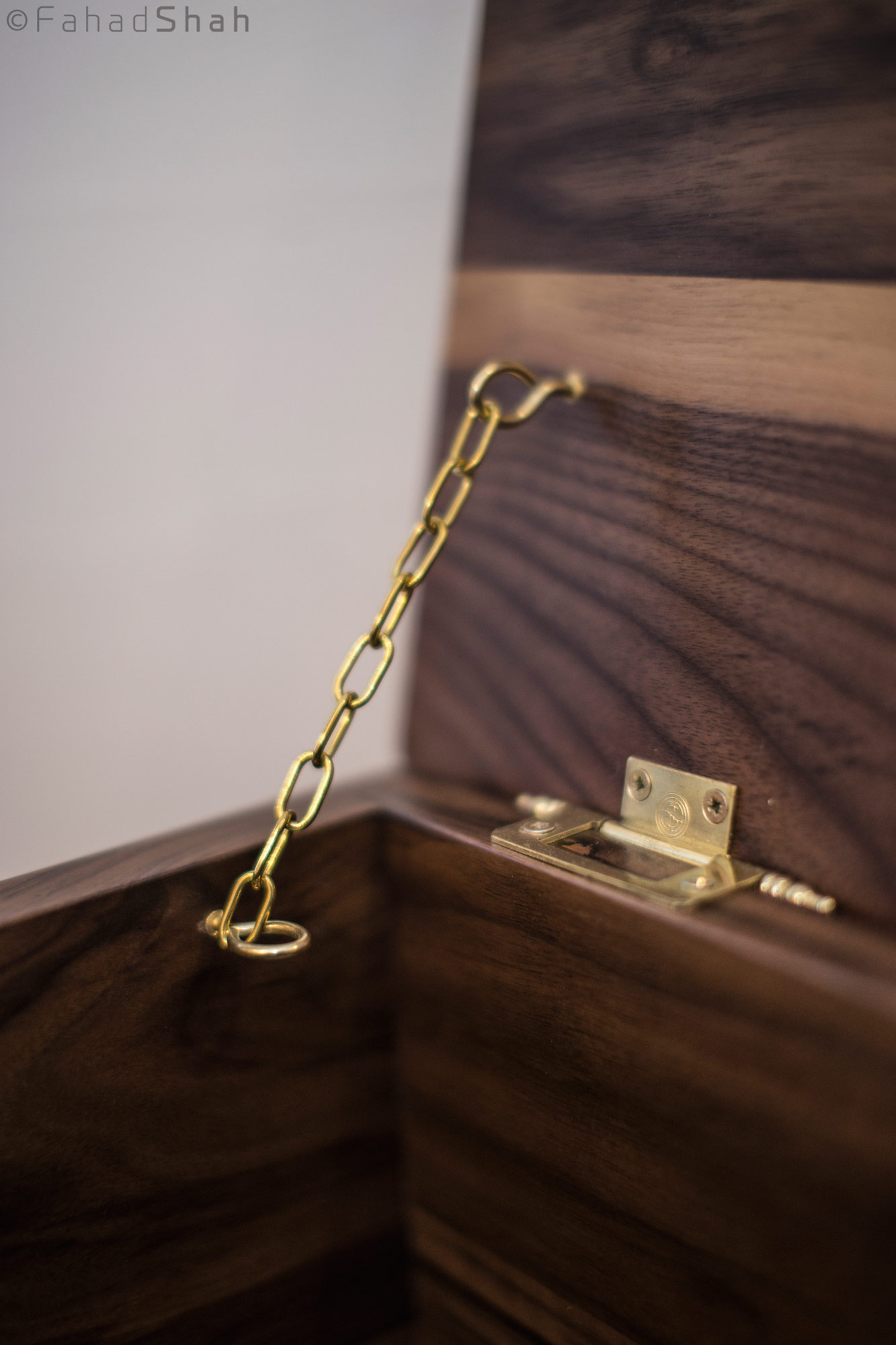 Personalised memory box - hinge and chain