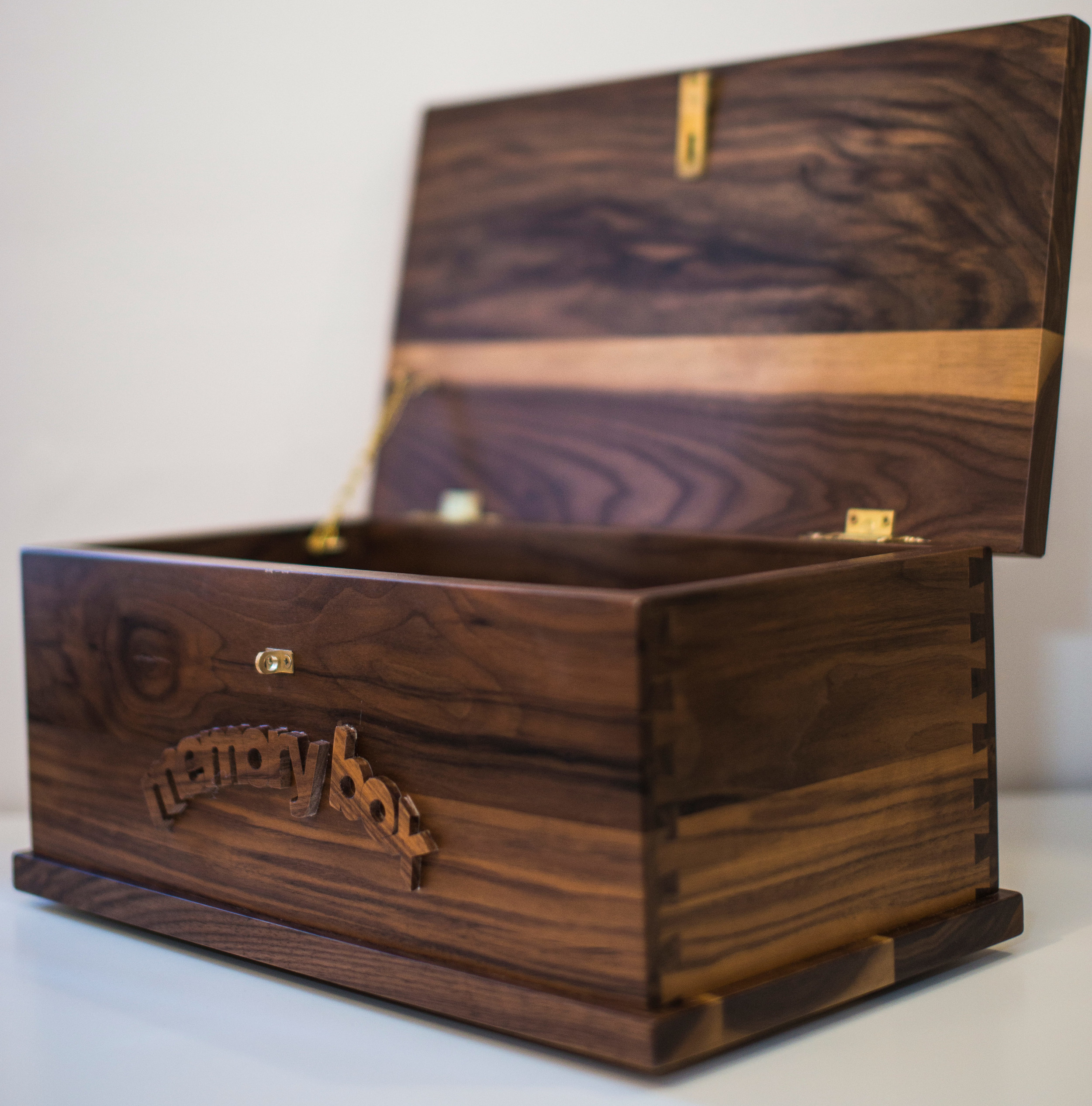Black Walnut personalised memory box