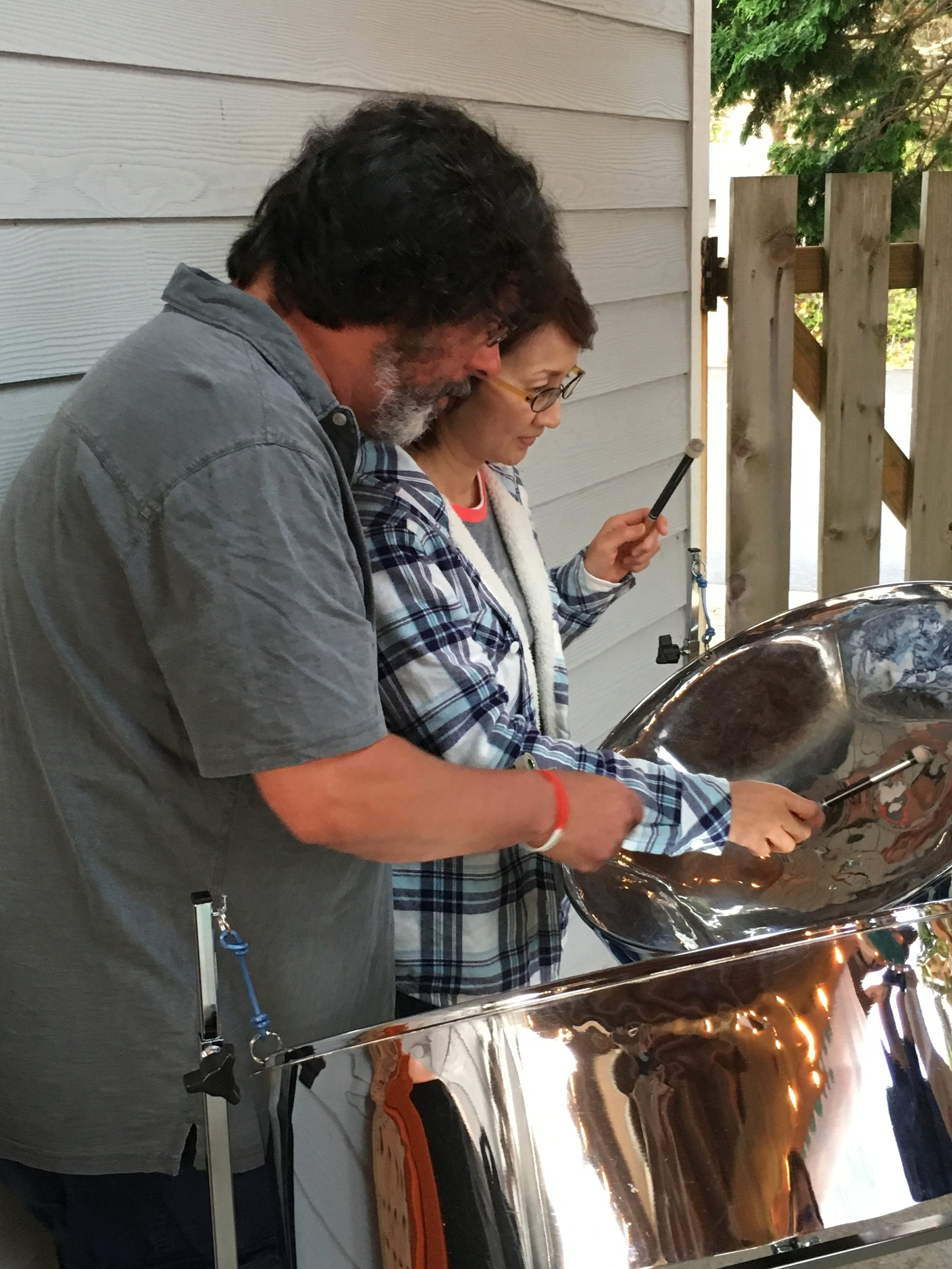 I can play solo steel pans for your event. I also perform with high quality background tracks using the sound of real studio musicians.