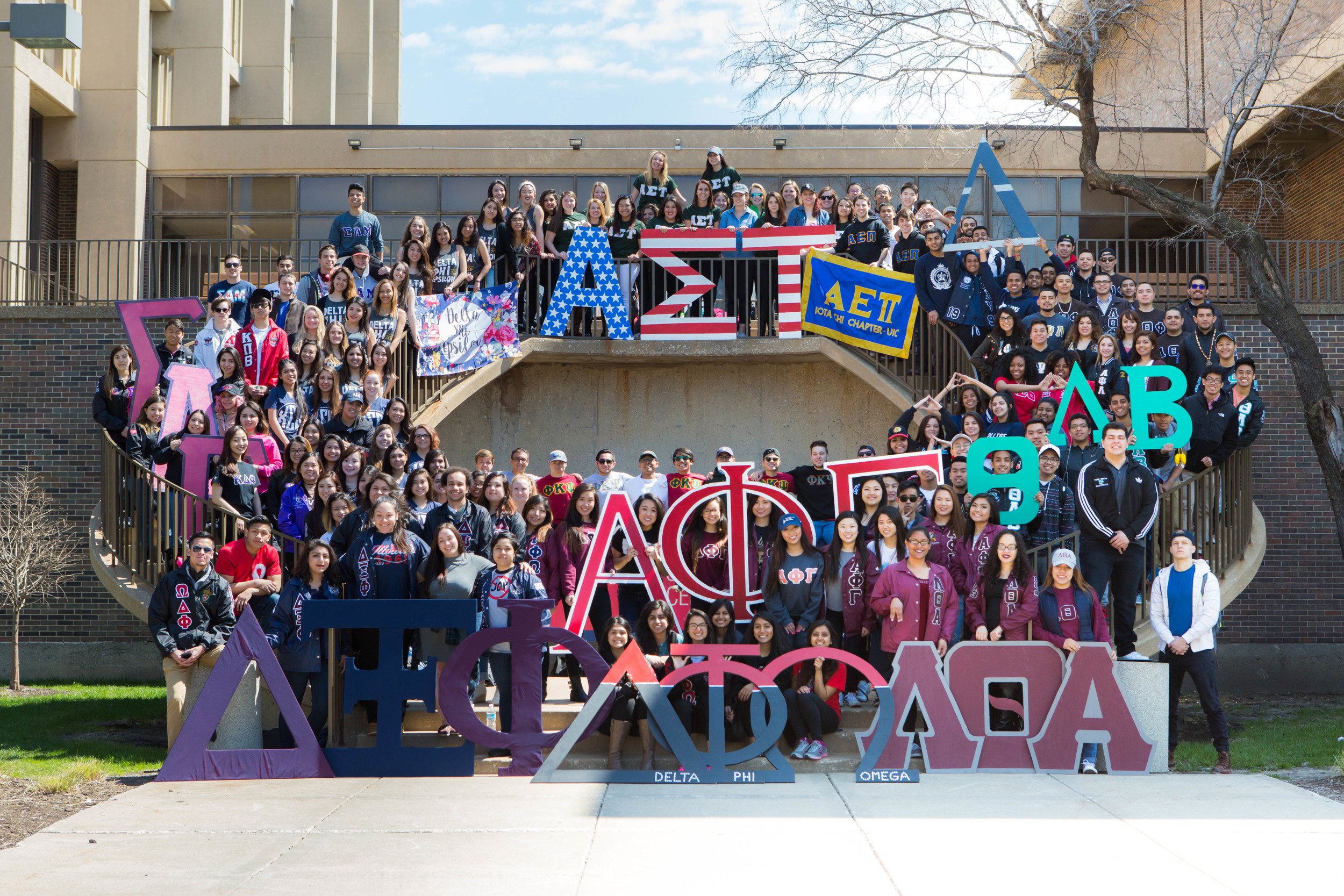 001_003_Greek Week Unity Photo - Stairs.jpg