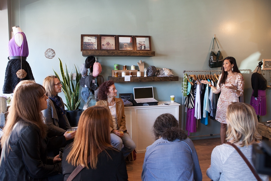 Fashion meet-up by Rachel J Styling and Milk Handmade boutique. Chicago, Illinois.