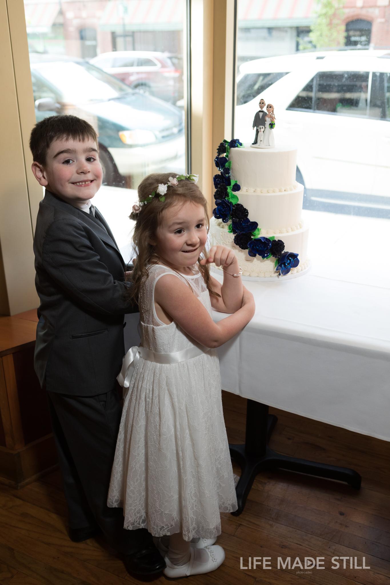 373_633_Angela and Tony_2048px_lifemadestill.com.jpg