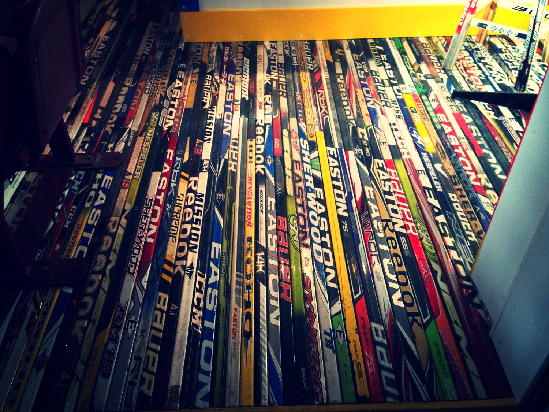 Hockey stick floor