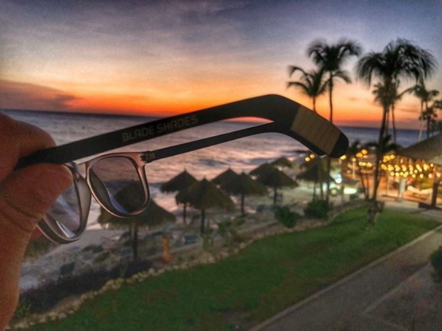 Even Blackeyes deserve a beautiful sunset...☀️🏒😎 — 📷: @slow_whistle_hockey — #sunset #sunsetbeach #hockeyplayer #hockeyislife #hockeylife