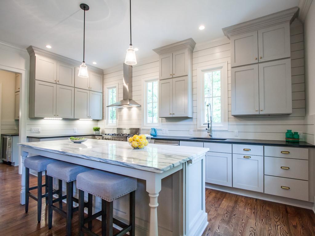 210 E Hill-Kitchen 4.jpg
