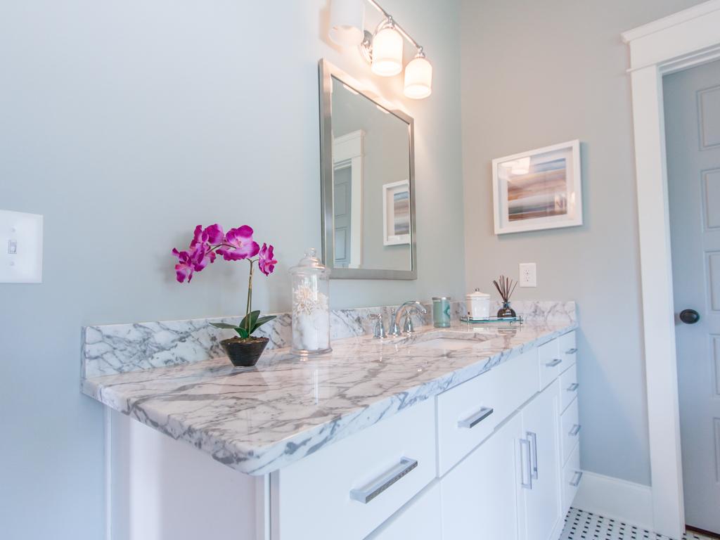 140 Park-Master bath vanity.jpg