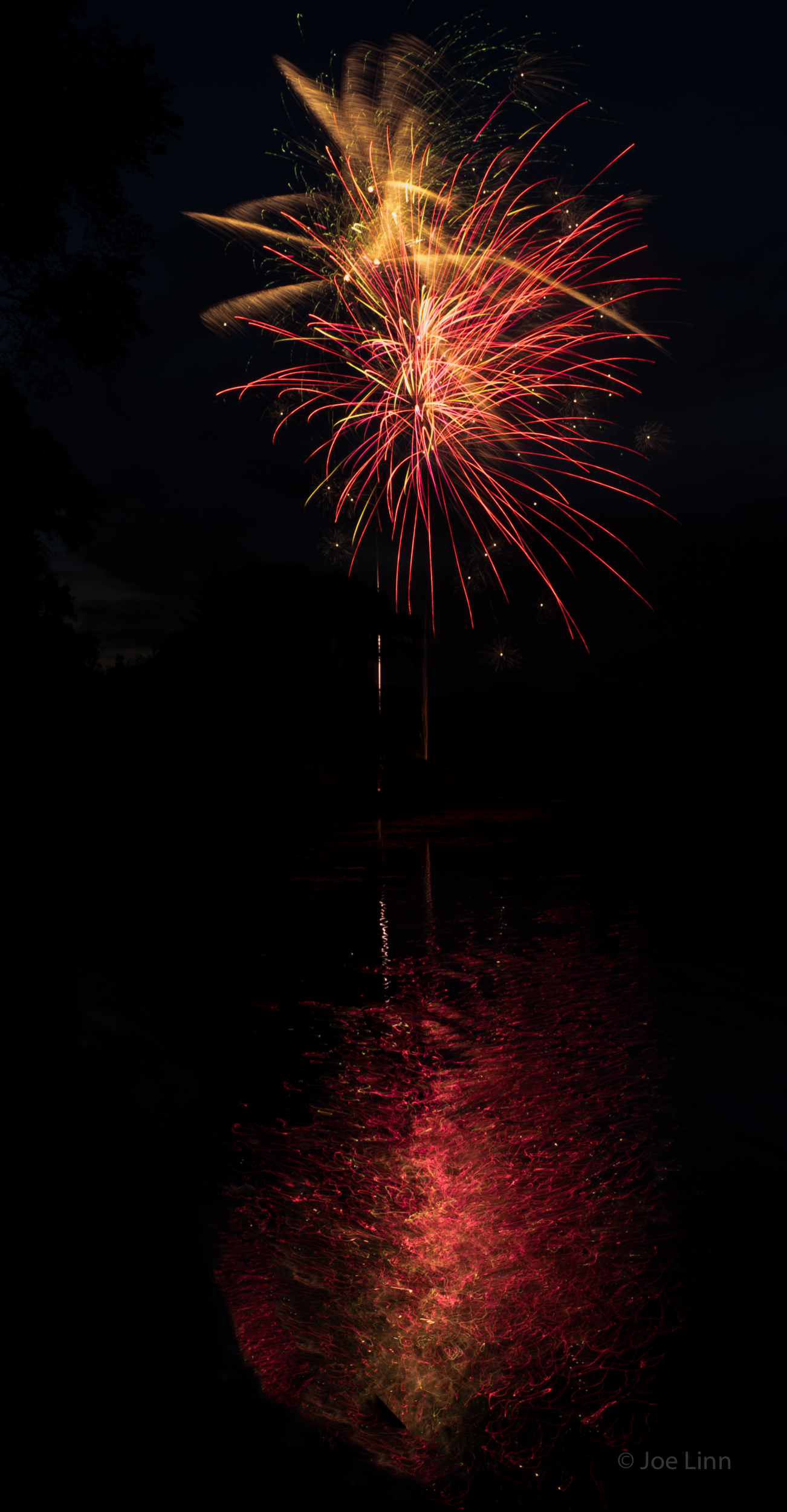 Fireworks reflections 5