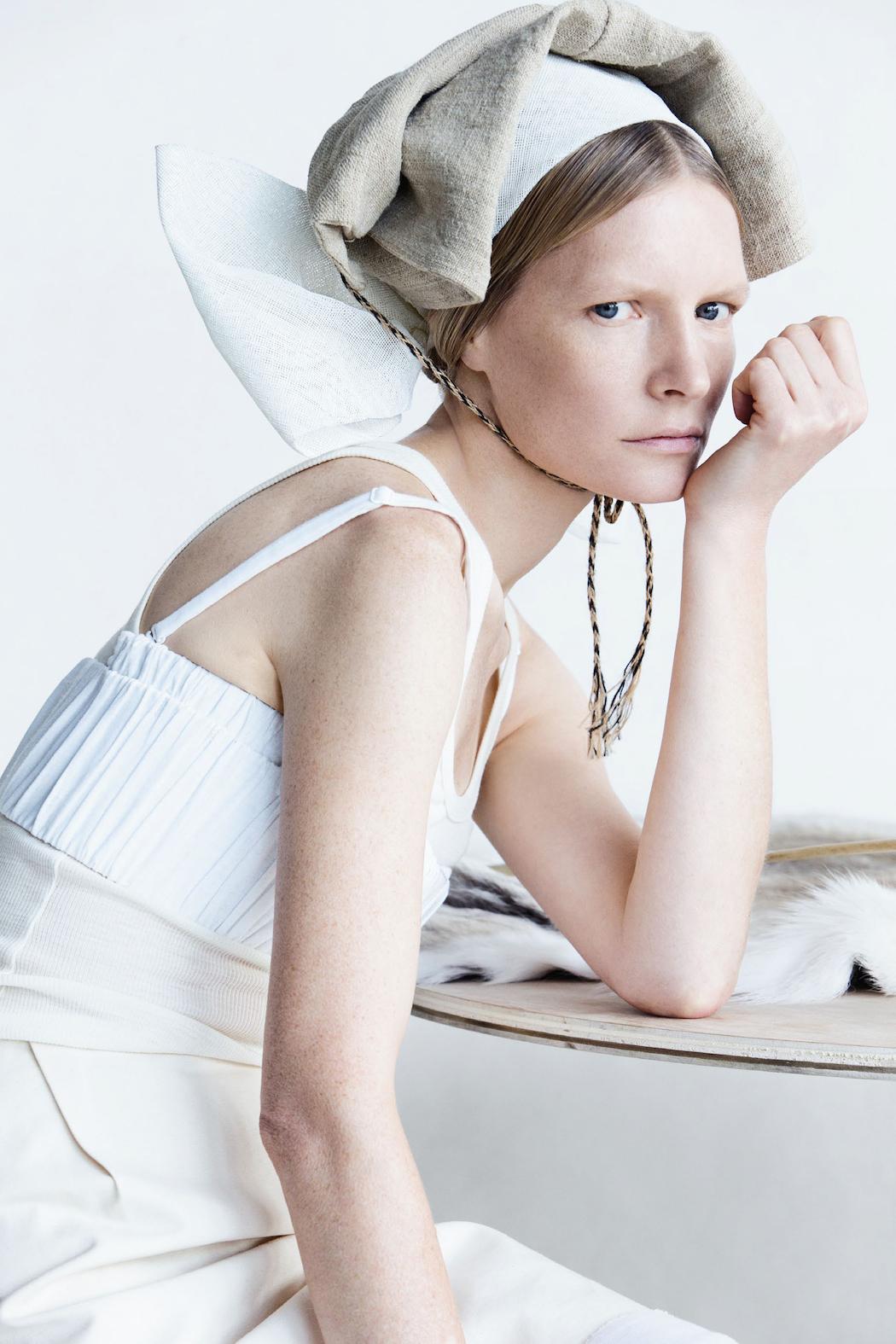 Vogue-UK-February-2015-Clean-Slate-Photographer-Patrick-Demarchelier-Stylist-Lucinda-Chambers-1.jpg