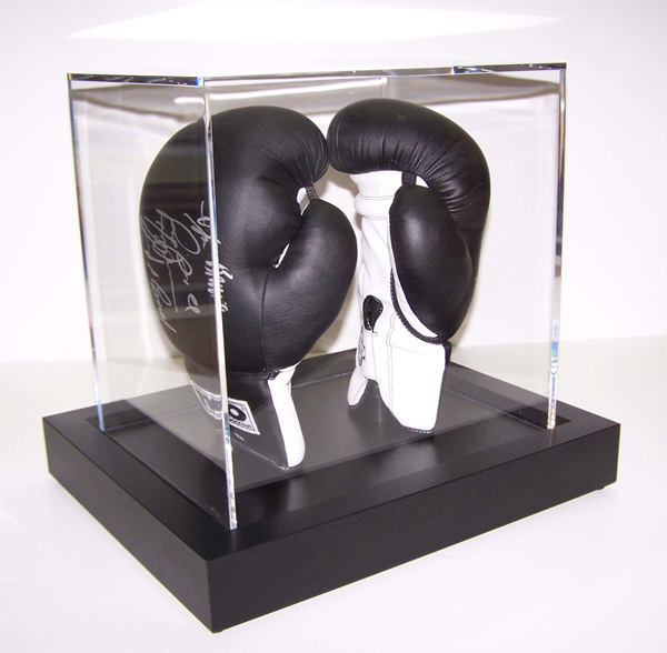 boxinggloves2_l.jpg