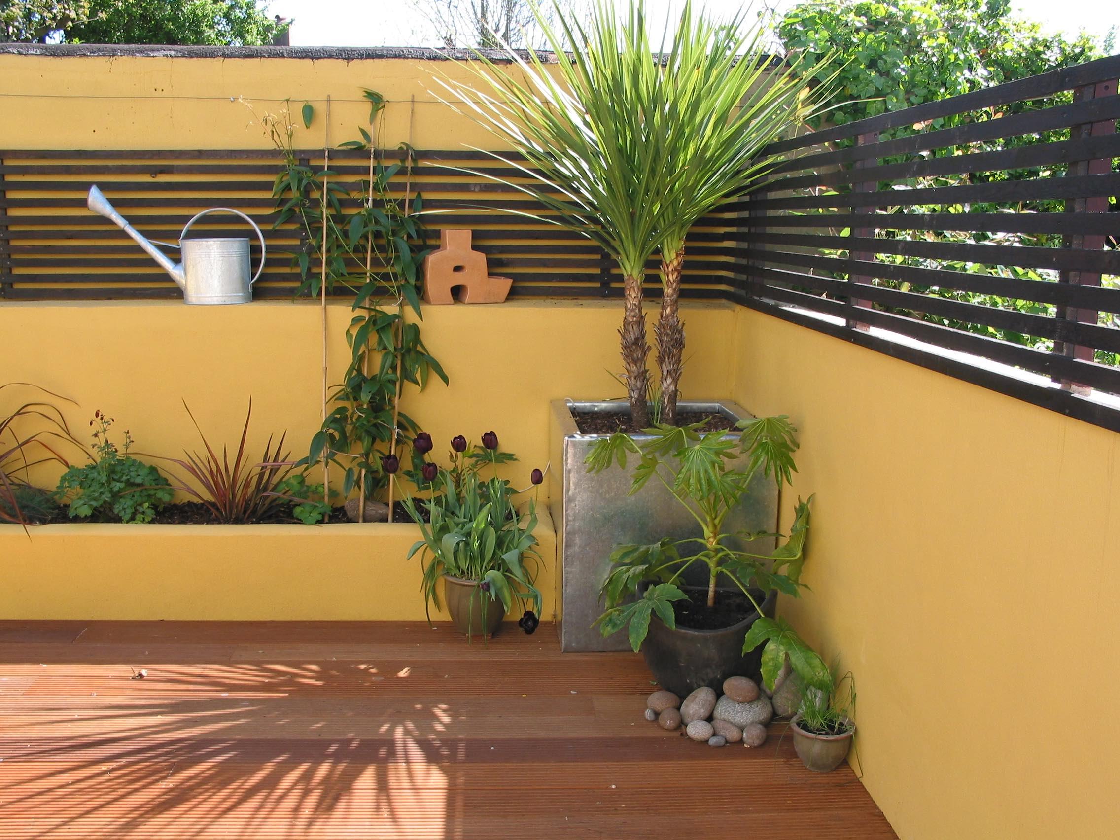 Brighton Zinc planter