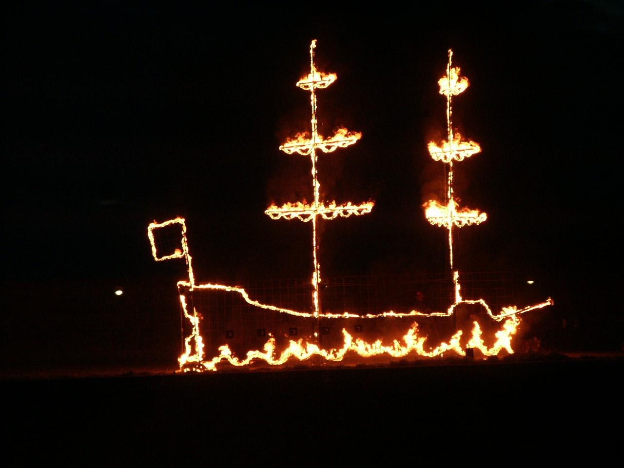 firedrawing - ship close up.jpg