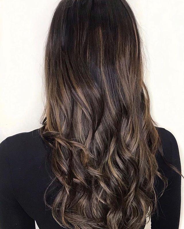 Dark to Balayage 💫 . . . #trulytailoredcolour #balayage #balayageandpainted #darktolight #goldenblonde #sensusitaly #olaplex #olaplexlove #hairlove #hairlife #hairdresser #hairstyle #hairart #hairgoals #instadaily #instalove #instablog #styleblog #bloggerstyle #hairdressermagic #behindthechair #maneinterest #hairpainters