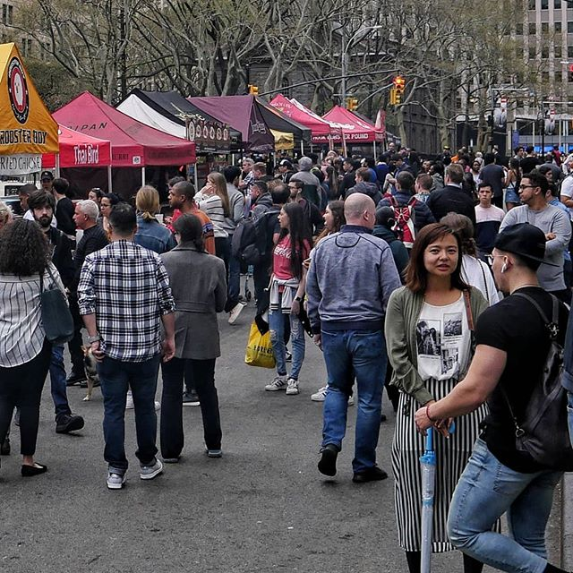 Fun times at #SMORGASBURGWTC. We wrap up 7pm tonight but we are looking forward to tomorrow's (Sat) event with @JAPANFES where once again you get to #GRABMYBUNS, this time in Chelsea 8th Ave bet. 15/16th St 10-6pm! If you can't catch us there, there's always @smorgasburg Kent Ave! 📍: Fulton bet Church/Greenwich 🏝️: FiDi (Manhattan, NY) 📸: @smorgasburg 🗽 🌃 🗽 🌃 🗽 #wtc #buns #baodown #baos #bao #guabao #Fidi #nyceeeeeats #noleftovers #spoonfeed #foodandwine #beautifulcuisines #eastcoastfoodies #thrillist #eatography #foodilysm #f52grams #bestfoodworld #foods4thought #forkyeah #huffposttaste #foodandwine #foodphotography #foods4thought #buzzfeast #likefoodnewyork #newforkcity #fwx