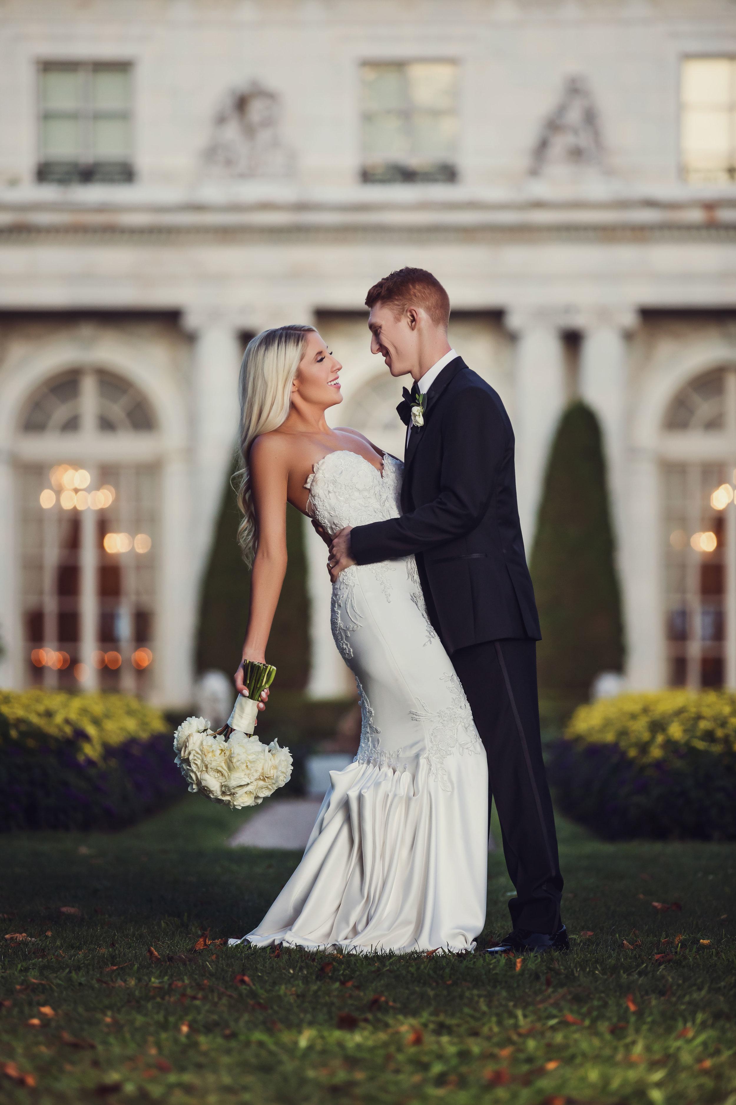 Kendra and Steve Newport Wedding Rosecliff Mansion Photographer Newport Rhode Island New England Wedding Film (10).jpg