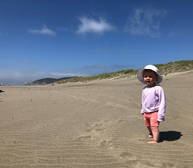 Beach babe at the (western) end of the world (America) // #sanfrancisco #rollinginthesand #sandyeyebrows #fifteenmonthsold #discover #limitless #westcoast #travelingartists #operababy