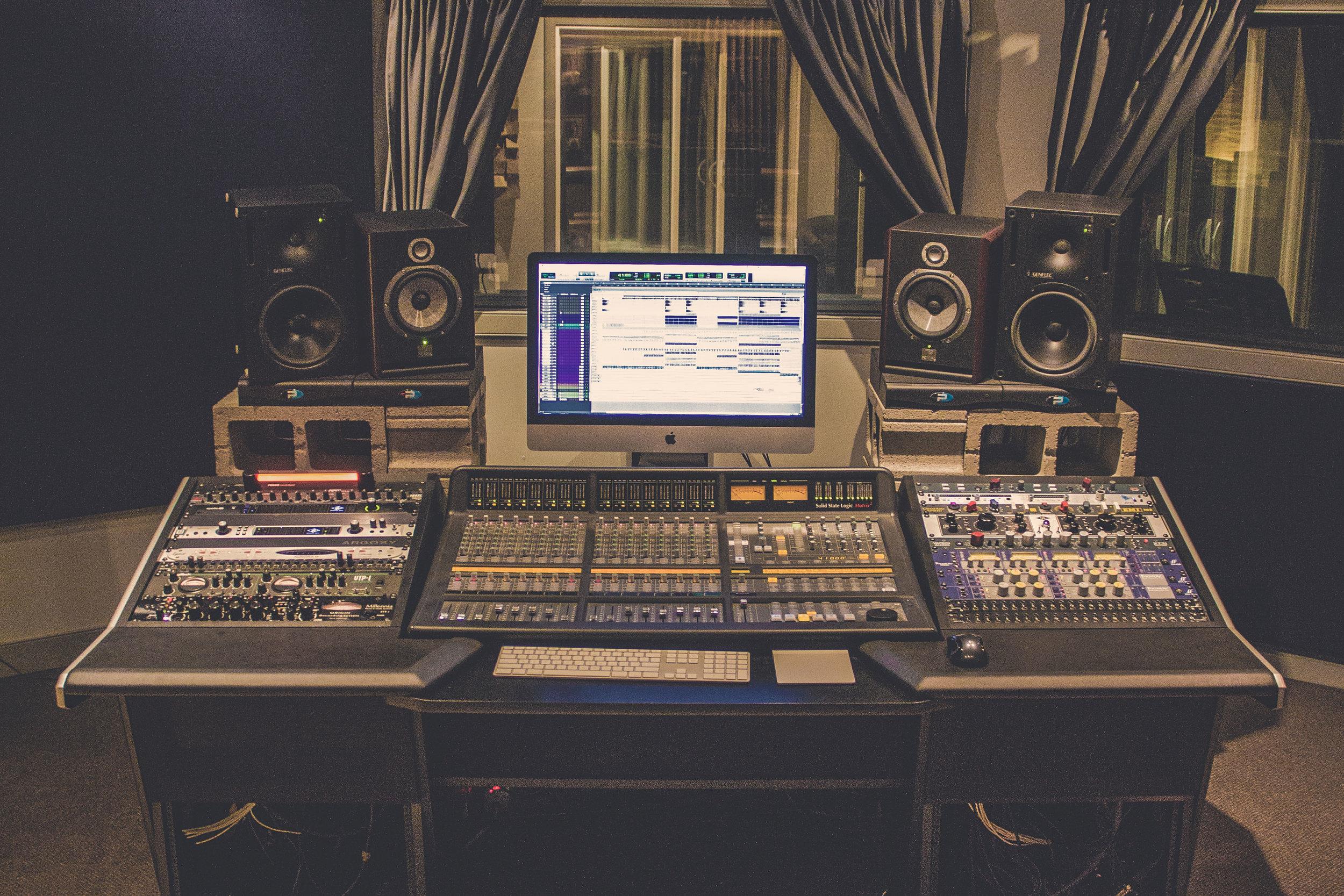 Edmonton-Recording-Studio-4.jpg