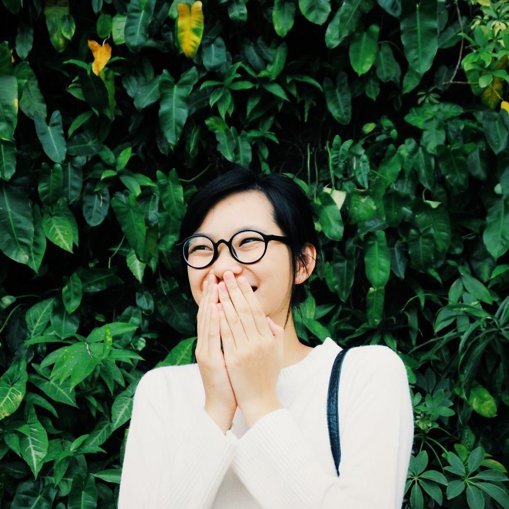 4 Tips to Stop Negative Self-Talk. Read more from Holl & Lane Magazine at hollandlanemag.com/blog