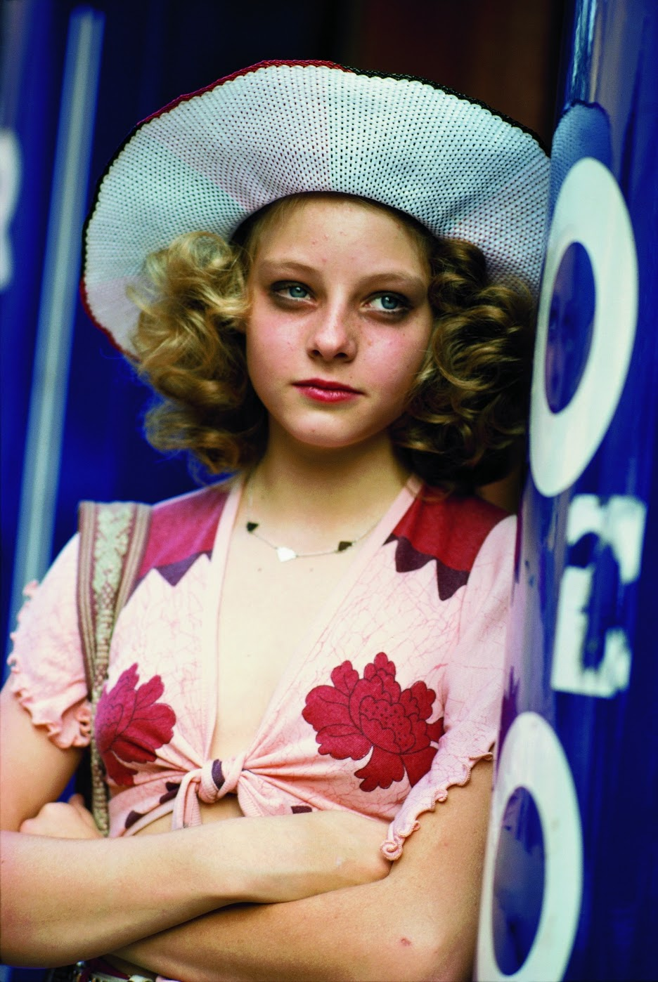 Jodie Foster on the set of Taxi Driver (6).jpg