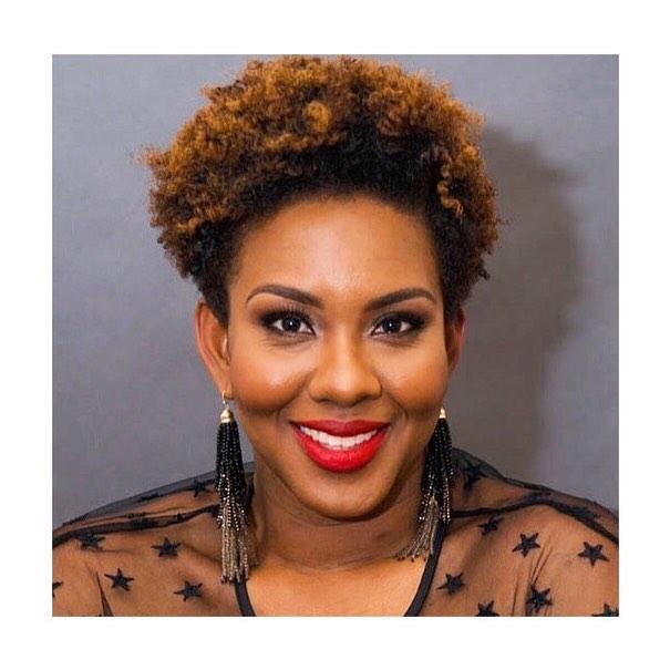 My job becomes a lot easier when someones inner beauty shines so brightly. #anikakaibeauty x Joni Watson  #makeupforblackwomen #professionalmakeup #headshotsnyc #nycmakeupartist