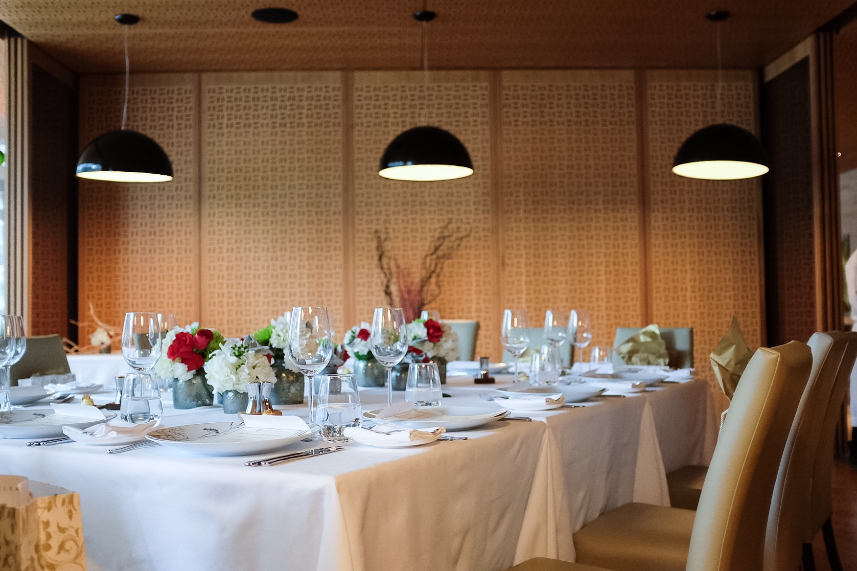 The gorgeous table setting courtesy of Bosk & the Shangri La hotel.
