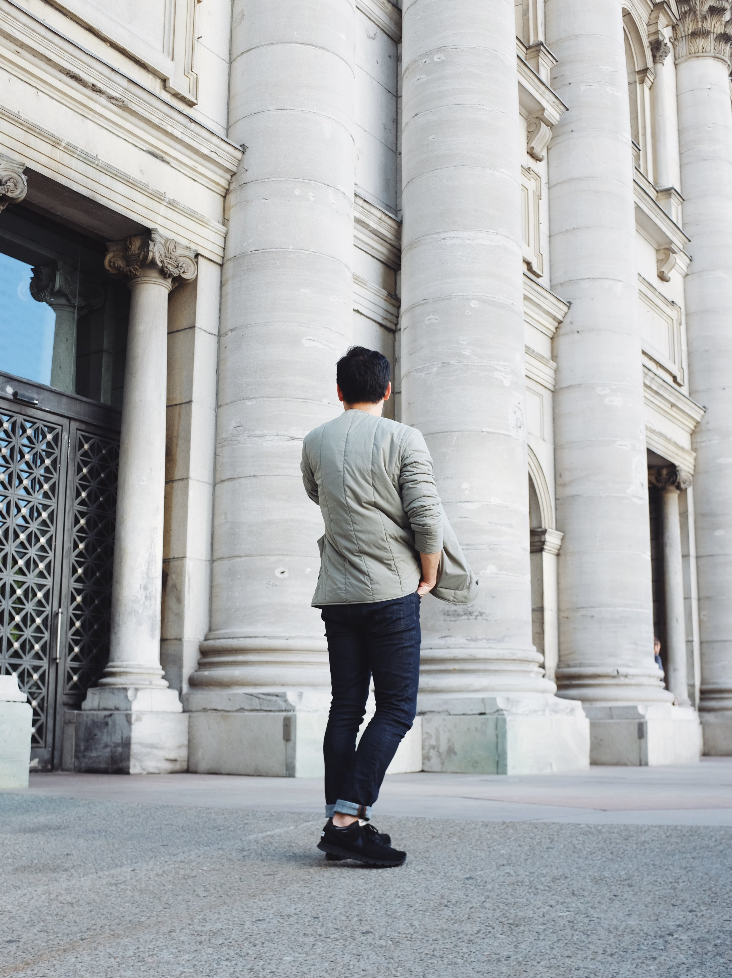 ootd men style COS Montreal cafe