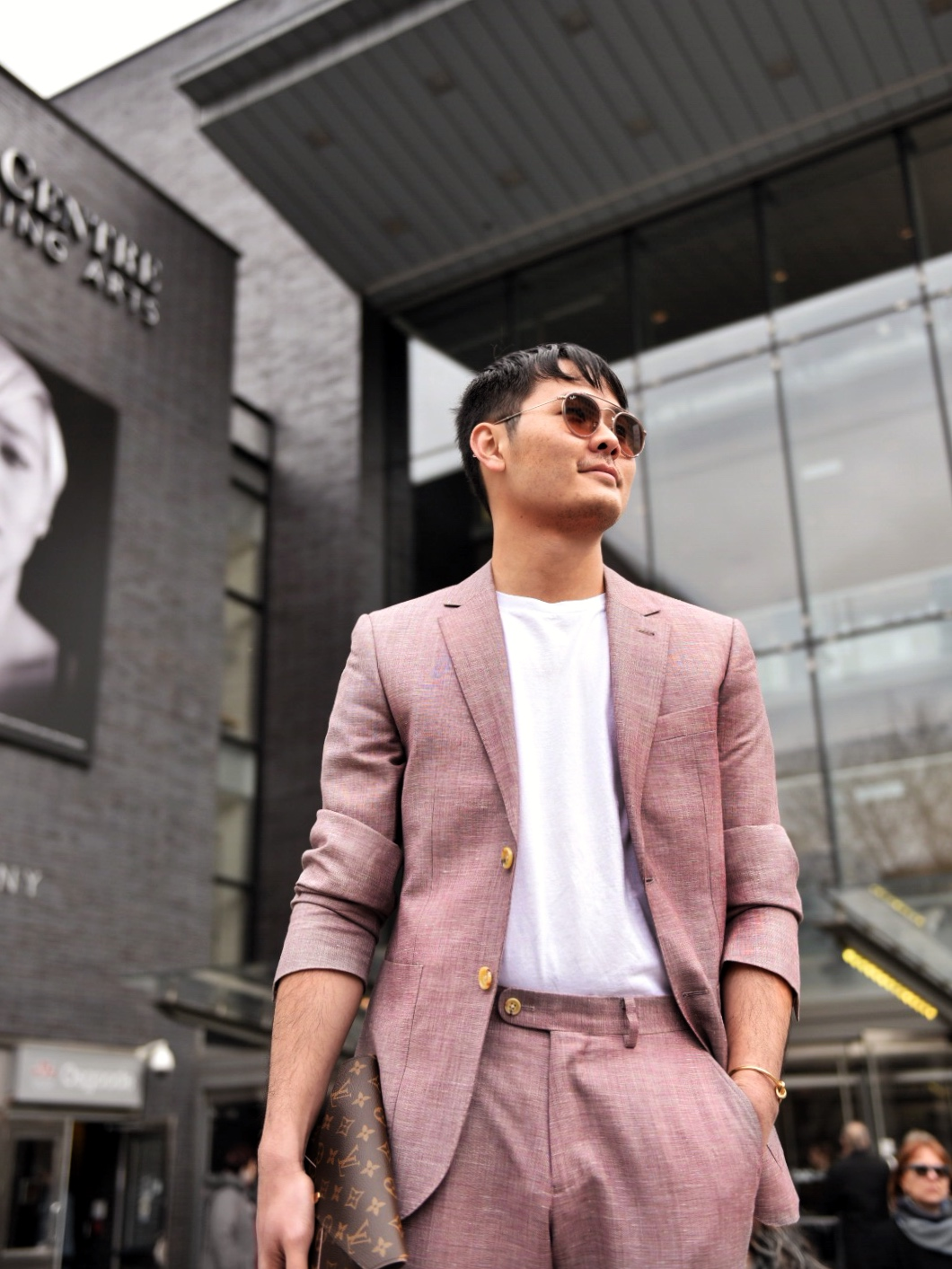 anna bolena opera common projects pink indochino suit louis vuitton