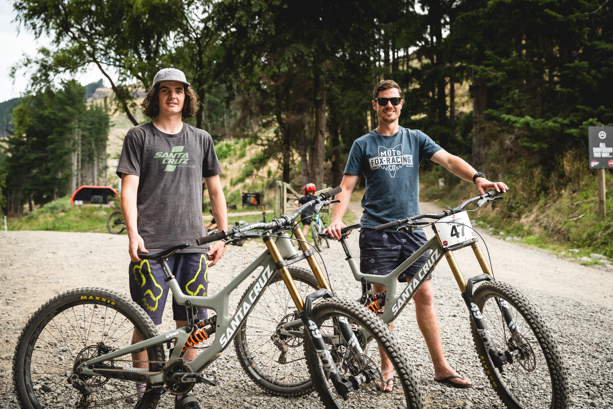 A new era for Kiwi downhill racing - first outings for Finn Hawkesby-Browne and Kieran Bennett on the new Santa Cruz V10 29 at the NZ Open. - Photo   Cameron Mackenzie