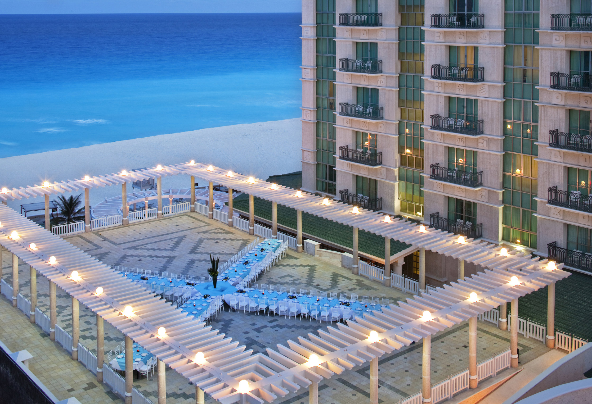 Rooftop Terrace - Sandos Resorts