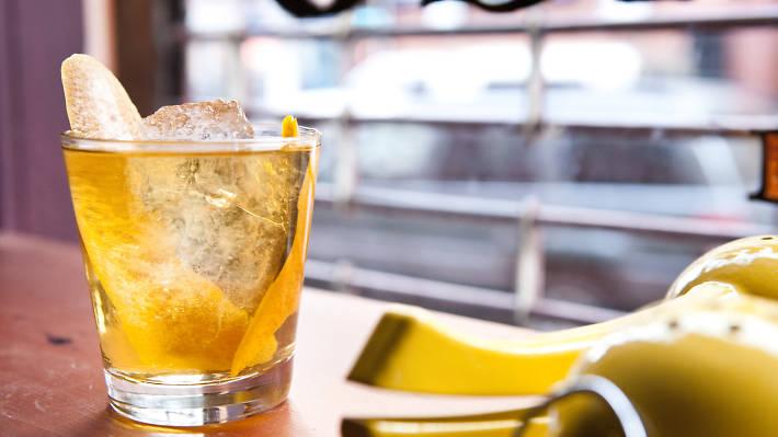 Amor y Amargo Cocktail Picture.jpg