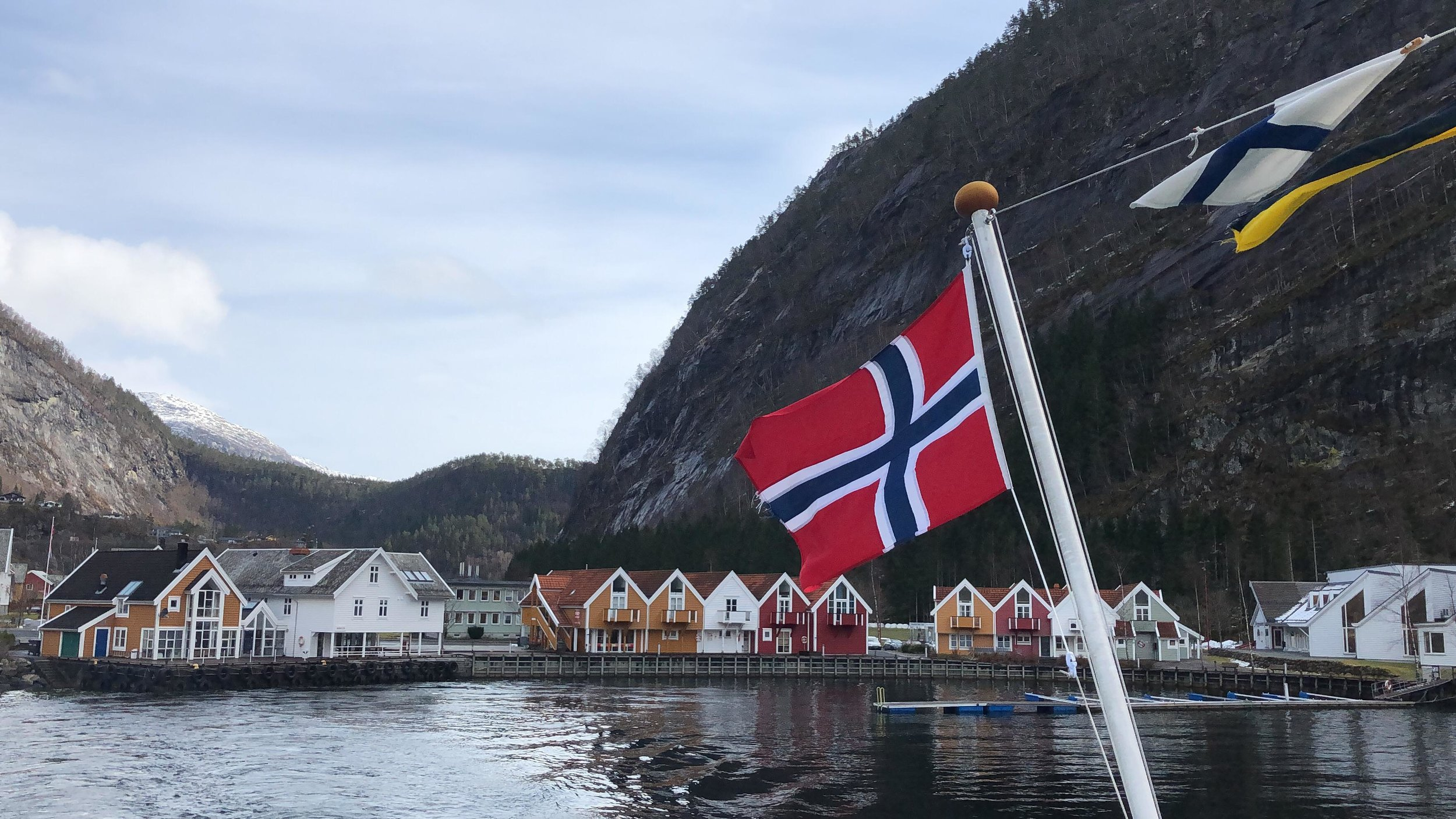 Beautiful village in the Mostraumen straight, accessible via a fjord tour from Bergen