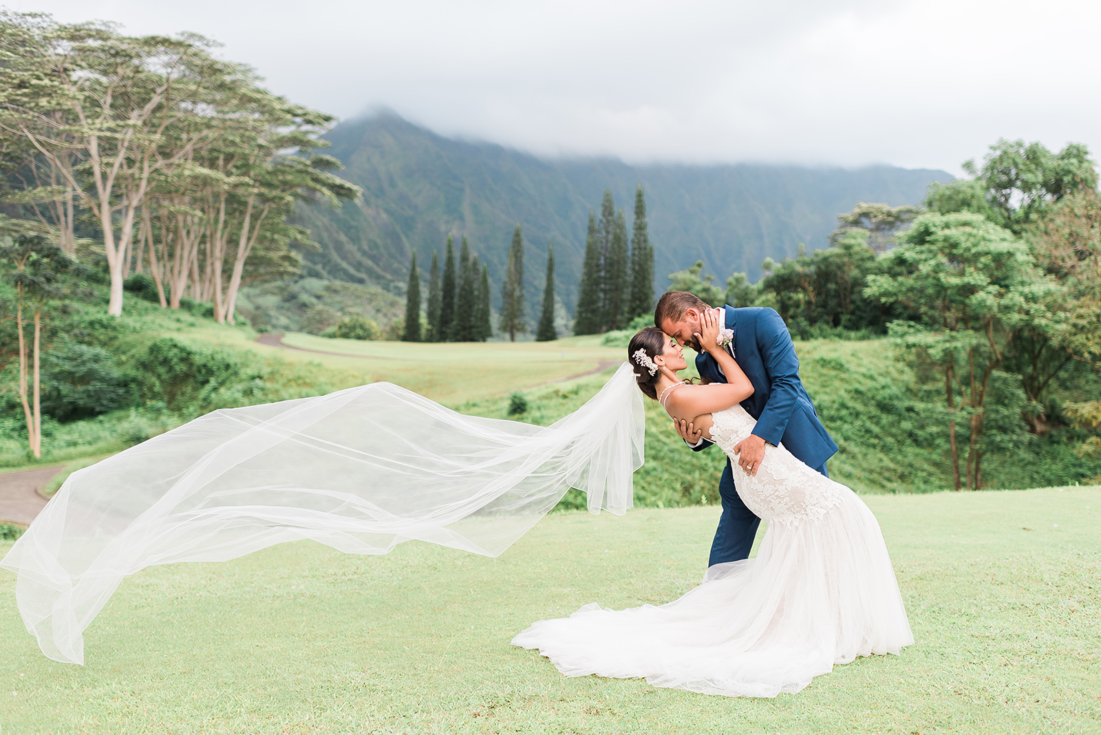 Photo by Rae Marshall. Location: Ko'olau Golf Course.  Casablanca Gown