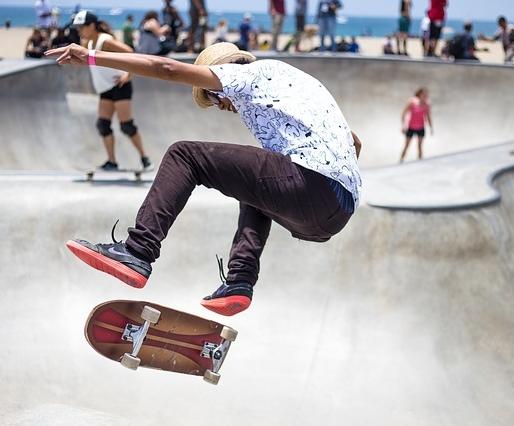 skater-821502_640.jpg