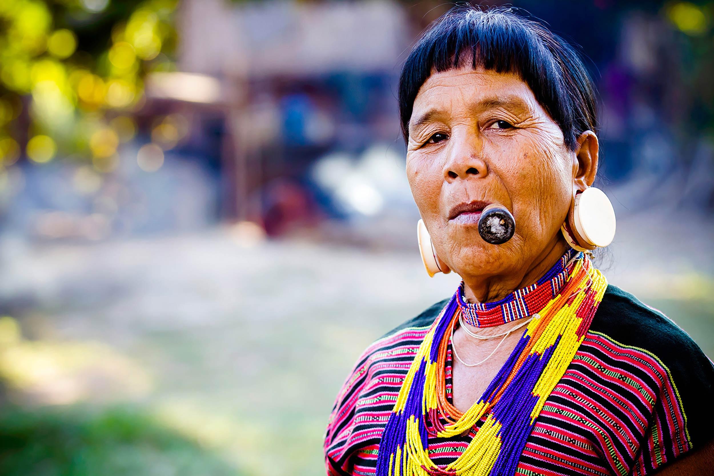 Brao (Lavae) woman, Southern Laos