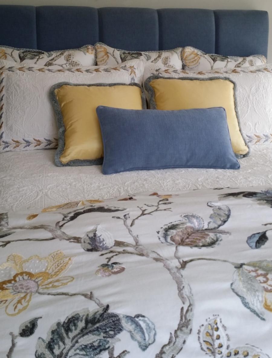 custom bedding hamilton Ancaster interior