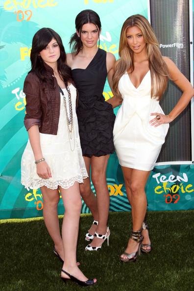 2009+Teen+Choice+Awards+Arrivals+uhe7NB3bKLLl.jpg