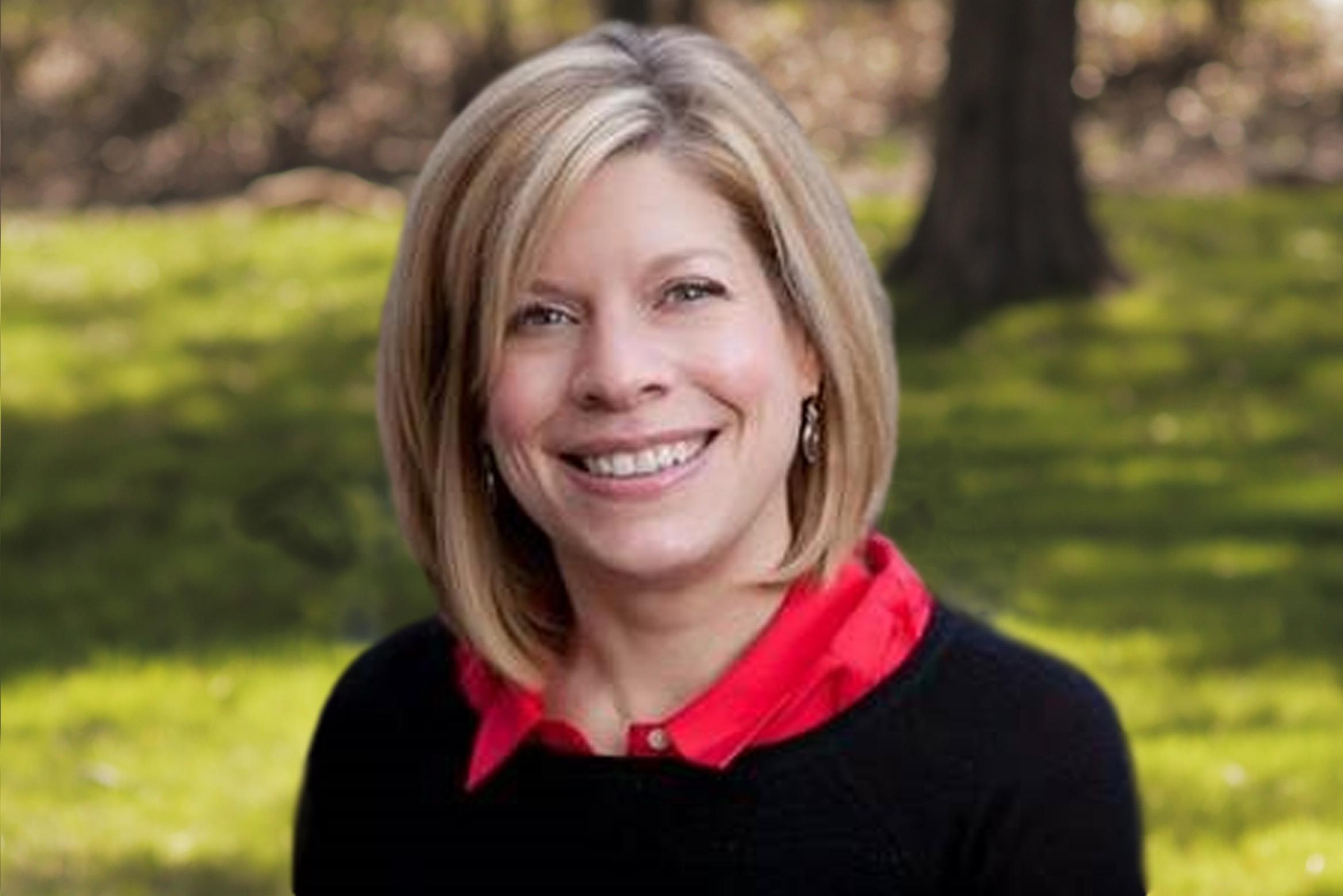 Lynn Gibson